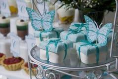 Festlicher Fruchtkuchen im Geburtstag Lizenzfreie Stockfotos