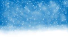 Festlicher Hintergrund mit fallendem Schnee Stockfotografie