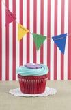 Festlicher kleiner Kuchen Lizenzfreies Stockfoto