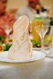Festliches Gedeck für Hochzeitsfest Stockfotos