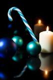 Festlig julgarnering i blått och vit Royaltyfri Fotografi