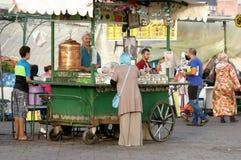 Festlig marknadsplats i Fez, Marocko basar Royaltyfria Foton