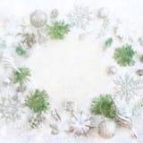 Festlig ordning för jul av dekorativa beståndsdelar Royaltyfria Bilder