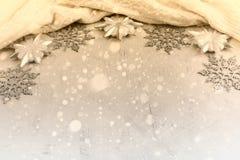 Festlig ordning för jul av dekorativa beståndsdelar Arkivbild