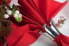 festlig röd white för tabell 11 Arkivfoton