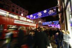festlig shopping Fotografering för Bildbyråer