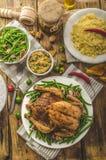 Festoiement - poulet cuit au four bourré image stock