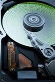 Festplatte mit grünen Daten lizenzfreies stockbild