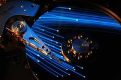 Festplattenlaufwerk mit abstrakter Farbreflexion Stockfoto