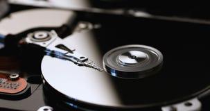 Festplattenlaufwerkspinnen des Computers stock footage