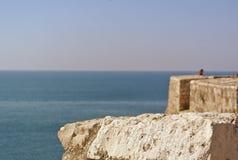 Festung in der alten Stadt der Stange in Montenegro an einem sonnigen Sommertag Sehr besichtigter Platz durch Touristen Stockbild