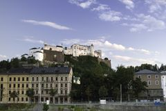 Festung Festung Hohensalzburg auf die Oberseite von Festungsberg-Hügel I Stockfotos