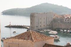 Festung im Hafen von Dubrovnik, Kroatien Stockbild