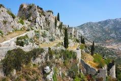 Festung Klis nahe aufgespaltet Stockfoto