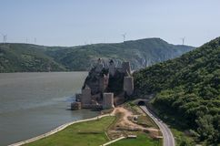 Festung/Schloss Golubac, errichtet im 14. Jahrhundert, auf dem Verbot Stockbilder