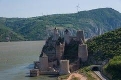 Festung/Schloss Golubac, errichtet im 14. Jahrhundert, auf dem Verbot lizenzfreie stockbilder