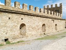 Festung in Sudak lizenzfreies stockbild