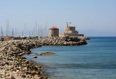 Festung und Leuchtturm in Rhodos-Insel Stockbilder