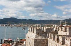 Festung und Marmaris-Jachthafen lizenzfreies stockfoto
