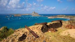 Festung von Nossa Senhora DOS Remedios und Sekundärinseln von Fernando de Noronha Archipelago Stockfotos