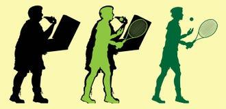 Fet man som spelar tennis och förlorar vikt Royaltyfria Bilder