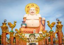 Fet skratta Buddha i Koh Samui Royaltyfri Fotografi