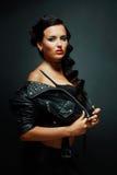 Fetischmodell i sexig dräkt royaltyfria foton