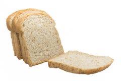 Fetta del pane del pane tostato isolato su fondo bianco Immagine Stock