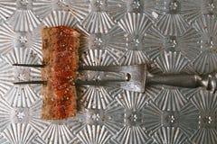 Fetta della bistecca di manzo sulla forcella d'annata della carne Fotografie Stock