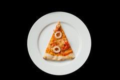 Fetta della pizza dei frutti di mare fotografie stock libere da diritti