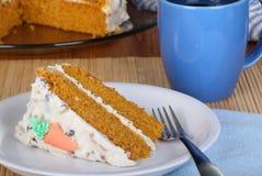 Fetta della torta di carota Immagini Stock