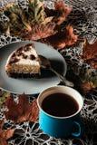Fetta di dolce con tè Fotografia Stock