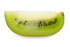 Fetta di kiwi su un bianco Immagini Stock Libere da Diritti