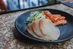 Fetta di salmoni freschi immagine stock
