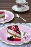 Fetta di torta di formaggio Fotografie Stock