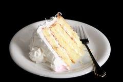 Fetta di torta di noce di cocco fresca Fotografia Stock Libera da Diritti