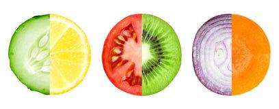 Fetta mista di frutta e di verdura fotografia stock