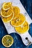 Fette arancio secche immagini stock libere da diritti