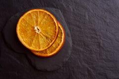 Fette arancio secche appetitose immagine stock