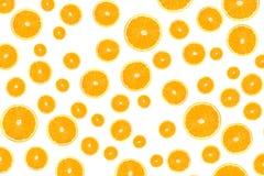 Fette arancioni isolate su bianco Fotografie Stock Libere da Diritti