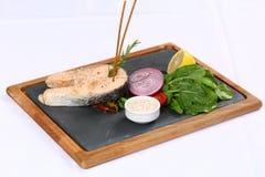 Fette arrostite della bistecca di color salmone Immagini Stock Libere da Diritti
