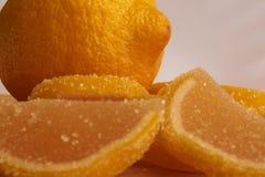 Fette del limone dolce della gelatina e del limone Fotografie Stock
