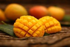 Fette del mango di Alphonso Fotografia Stock