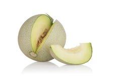 Fette del melone del cantalupo ed isolato su fondo bianco Con il percorso di ritaglio Fotografia Stock Libera da Diritti