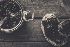 Fette del pane con un inceppamento Fotografia Stock Libera da Diritti