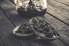 Fette del pane con un inceppamento Immagine Stock