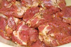 Fette di carne fresca fotografie stock libere da diritti