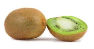 Fette di kiwi su un bianco Immagini Stock