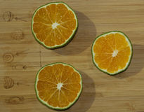 Fette di mandarino e di calce Immagini Stock