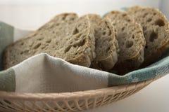 Fette di pane casalingo senza glutine Fotografia Stock Libera da Diritti